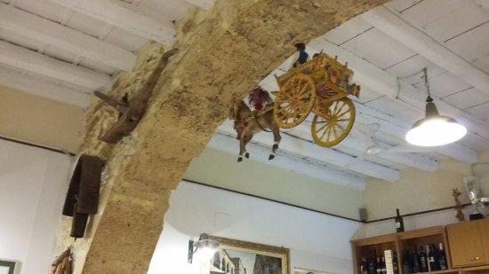 Trattoria La Tavernetta da Piero: The restaurant