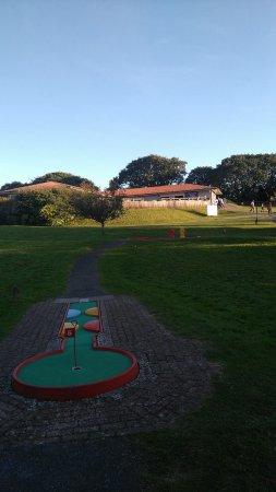 Oakwood Theme Park: Mini Golf