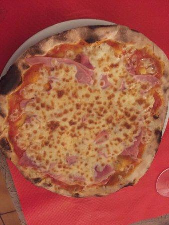 Pizzeria Lorenzzano Picture