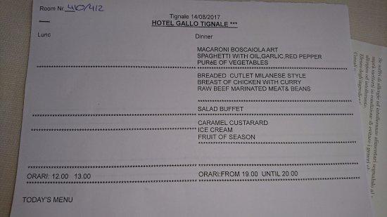 Hotel Gallo: Sample evening menu.