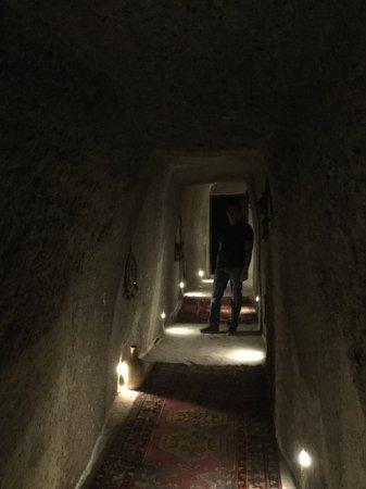 Aydinli Cave Hotel: Underground tunnel