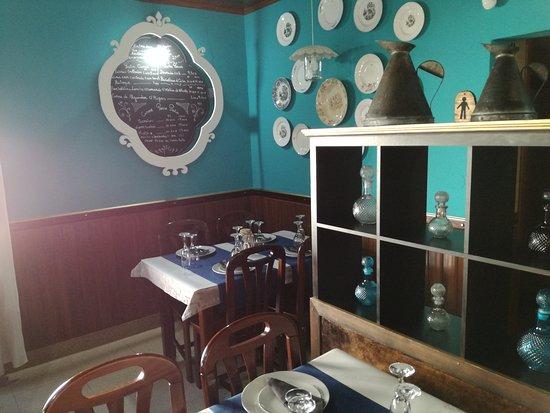 Viana do Alentejo, Portekiz: Cafetaria Restaurante Tres Bicas