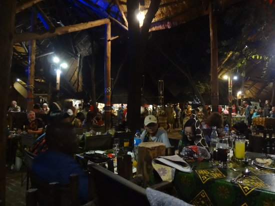 The Boma - Dinner & Drum Show: The ambiance