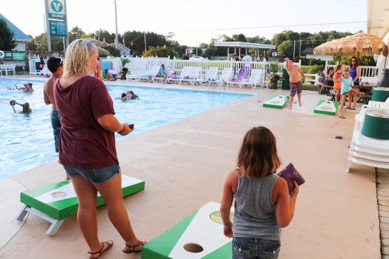 Holiday Trav-L-Park Resort: Family game night is another fun night we added this past year! Free drinks, pizza, and prizes!
