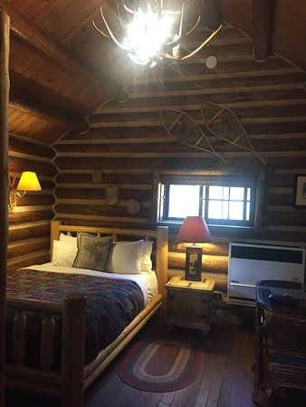 Storm Mountain Lodge & Cabins: photo4.jpg