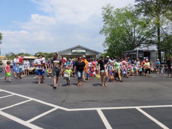 Holiday Trav-L-Park Resort: Our annual Easter Egg Hunt and all of our campers.