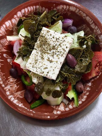 Captain's House: greek salad