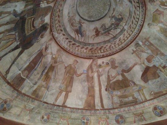 Thracian Tomb of Kazanlak: Cúpula
