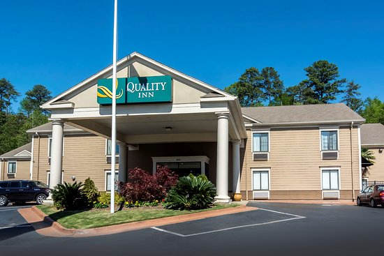 Entrance - Picture of Quality Inn, Phenix City - Tripadvisor