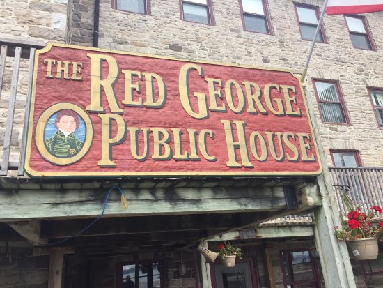 The Red George Pub: devanture