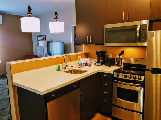 TownePlace Suites Gallup: Our Full kitchen Two Bedroom Suite