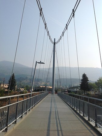 Trail, Καναδάς: Terrific bridge!