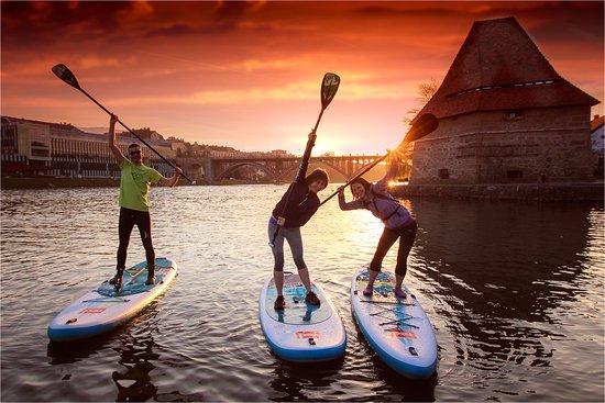 Bananaway: Sunset paddle boarding session in Maribor