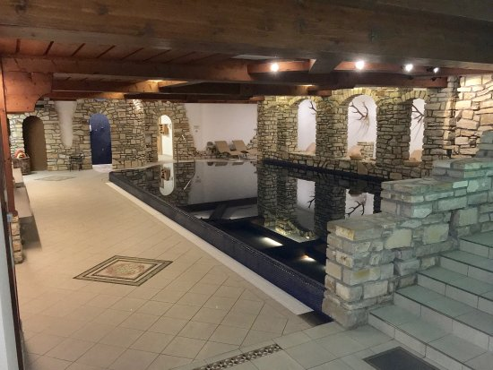 Aktiv & Spa Hotel Alpenrose: Grosses, geheiztes Hallenbad