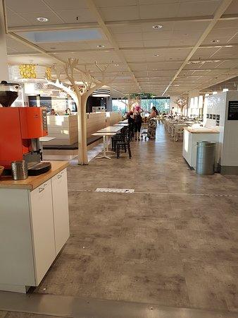 IKEA: Pupazzi,camerette e Bar Ristorante
