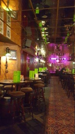 Irish Pub: Great pub.