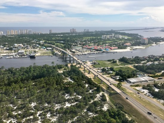 Hang Ten Helicopters: South to the beach over Perdido Bridge
