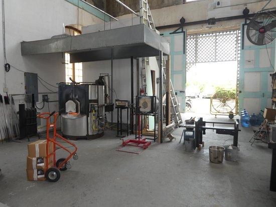 Sandys Parish, Islas Bermudas: Equipment For Glass Blowing