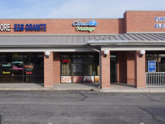 Cloud Nine Massage: Exterior Photo
