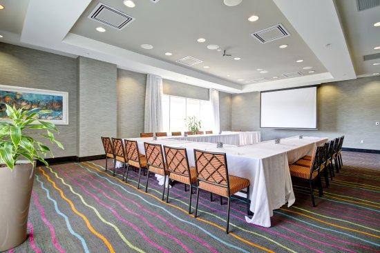 Fairfield Inn & Suites by Marriott - Guelph: Laird Room