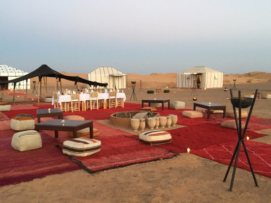 Desert Majesty: luxury camp Merzouga