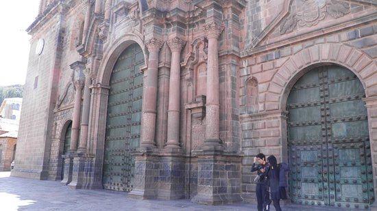 Cusco Cathedral: the front