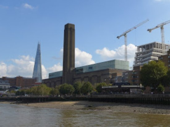 Thames River Tours -  Day Tours: View from the Cruise