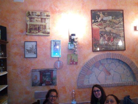 Aqua Pizzeria Ristorante Photo