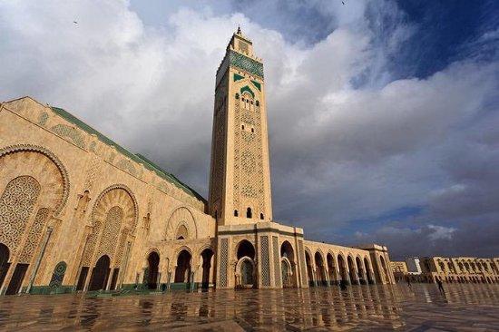 Τζαμί Χασάν Β': Majestosa e arquitetura única.