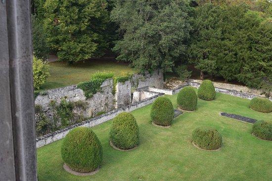 Chateau de la Bourdaisiere: Hotel grounds