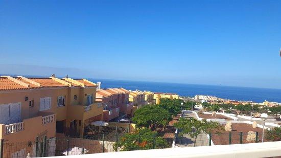 Vue de la chambre avec balcon picture of hotel grand for Chambre avec vue
