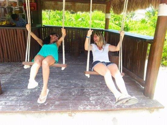Catalonia Playa Maroma: Swings