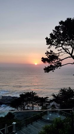 Pacific's Edge: Sunset view from the outdoor patio
