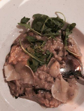 Manzo - Steakhouse: T-Bone & mushroom risotto