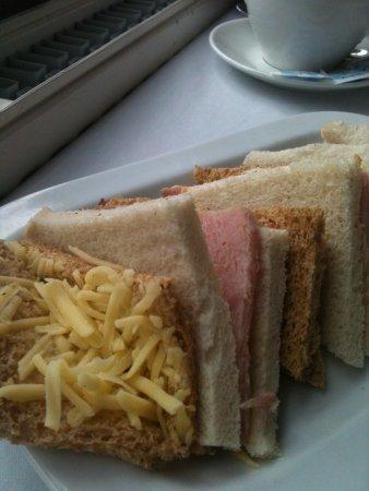 Tiverton, UK: Plain sandwiches