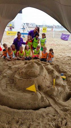 Club de Plage l'Albatros: Albatros Club de Plage - Mini Club activities - Sand castle - Château de sable géant