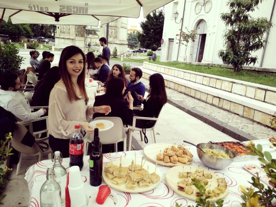 Ebby Chic Cafe: #party #buffet
