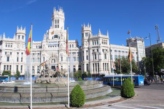 Fuente De Las Cibeles Picture Of Madrid Community Of