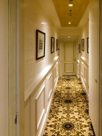 Hotel Ai Cavalieri di Venezia: Коридоры на этажах