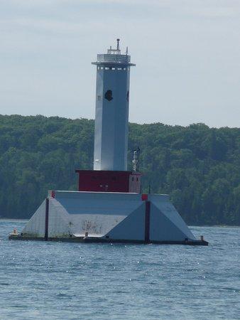 Round Island Lighthouse: lighthouse
