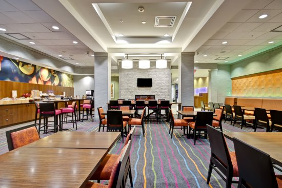 Fairfield Inn & Suites by Marriott - Guelph: Breakfast Area