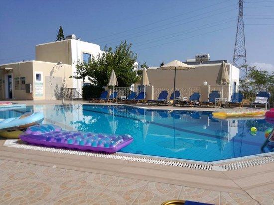 Lofos Apartments: Mooi en schoon zwembad