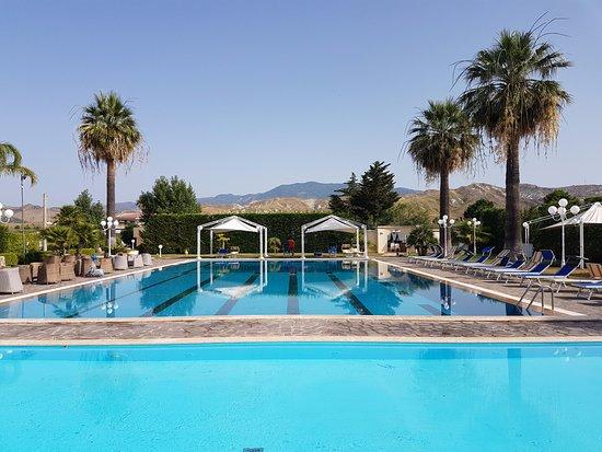 Club Hotel Kennedy: piscina