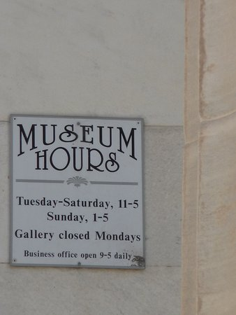 Erie Art Museum: Unfortunately I was there on a Monday!