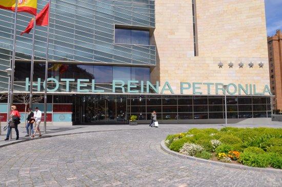 Imagen de Hotel Reina Petronila