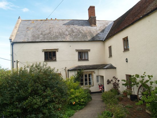 Goathurst, UK: The old character ladened farmhouse