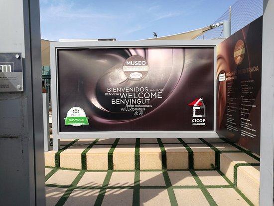 Valor Museo Del Chocolate: Cartel de bienvenida a las instalaciones.