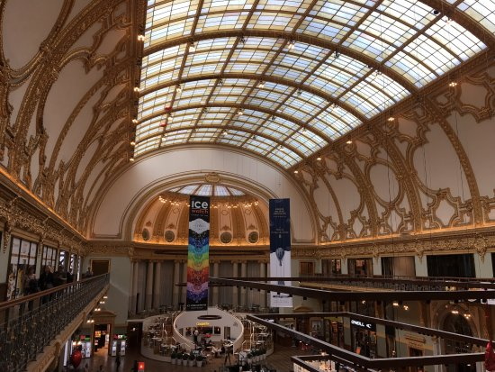 Shopping Stadsfeestzaal : photo0.jpg