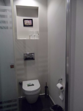 Orka Sunlife Hotel: The Self Cleaning Toilet With Its Little Card On Seat!