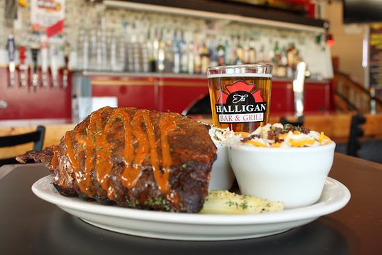 Glen Allen, VA: Halligans has all the great eats you and your family crave.